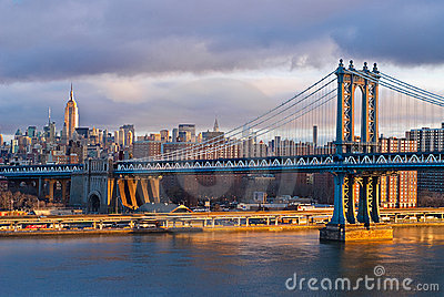 New York Sunrise on Manhatten Bridge