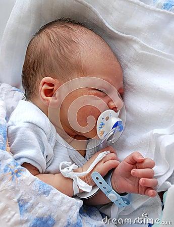 Free Newborn Stock Images - 3038034