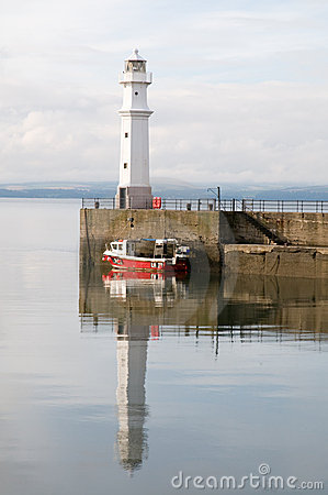 Free Newhaven Lighthouse Royalty Free Stock Photo - 16957615