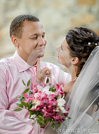 Free Newly Married Couple Stock Photography - 27476412