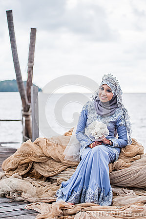 Newly wedded bride posing