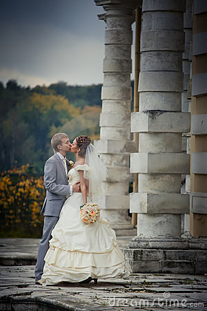 Newlyweds in a manor