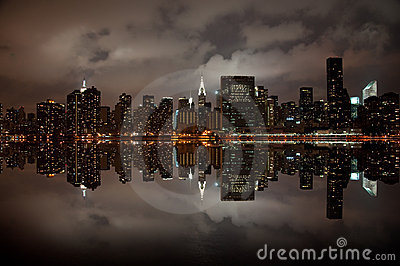 Ângulo largo da skyline de New York
