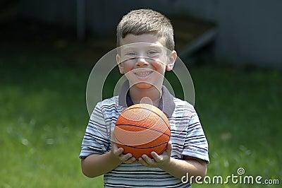 Niño con la bola