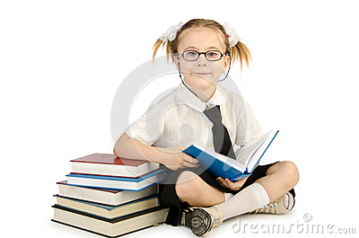 Niña con los libros