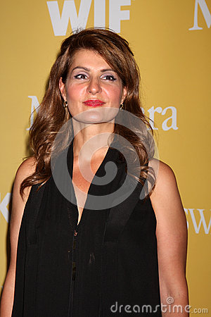 Nia Vardalos arrives at the City of Hope s Music And Entertainment Industry Group Honors Bob Pittman Event Editorial Stock Photo