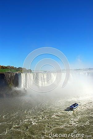 Free Niagara Falls And Tourist Boat. Stock Photo - 5730180
