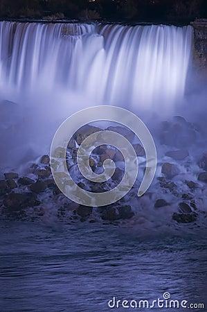 Free Niagara Falls At Night Royalty Free Stock Photography - 6159797
