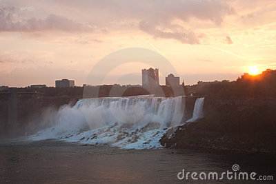 Niagara Falls in Morning Glow