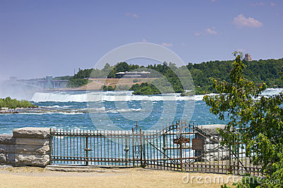 Niagara Parkway above Horseshoe Falls