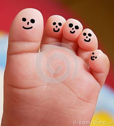 Free Nice Foot Of A Baby Royalty Free Stock Photos - 31596568