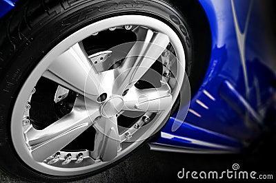 Niebieski samochód sportu