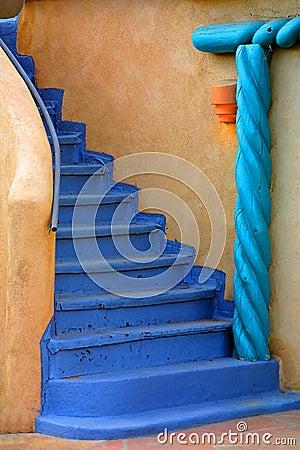 Niebieski schody