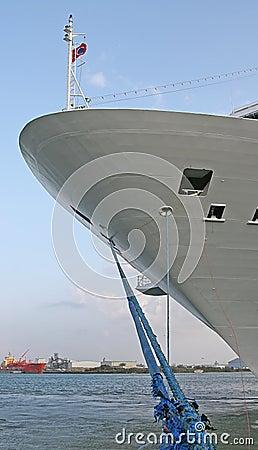 Niebieski statek liny