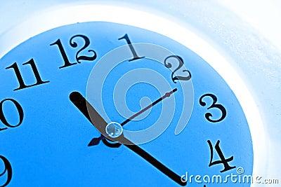 Niebieski zegar