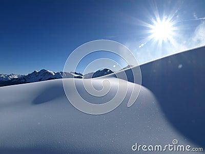 śnieżny słońce