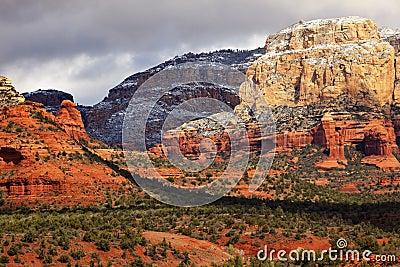 Nieve blanca roja Sedona Arizona de la barranca de la roca de Boynton