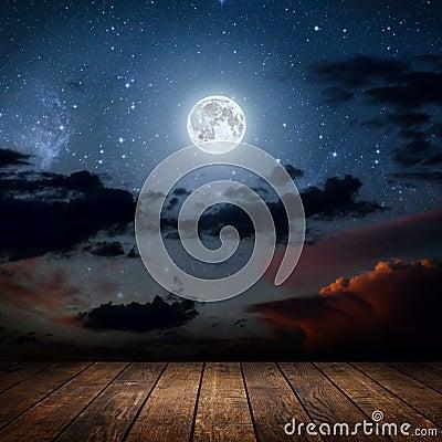 Free Night Stock Photo - 77851250