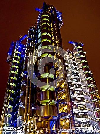 Free Night Building Royalty Free Stock Image - 2962636