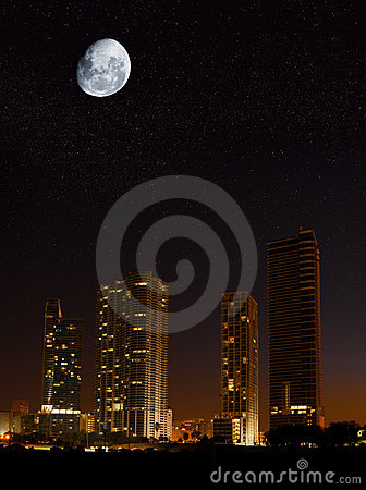 Free Night In The City Stock Photos - 8961213