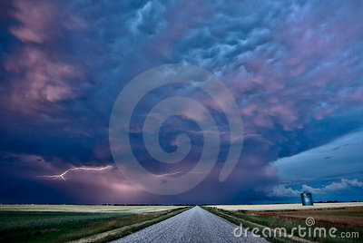 Night Lightning Canada