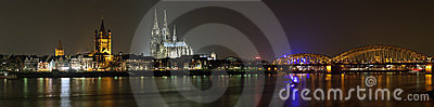 Night panorama of Cologne from the Rhine river