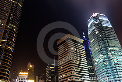 Night scenes of skyscrapers