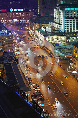 Night traffic at intersection of Novinsky Boulevard and Smolenskaya Square Editorial Photography