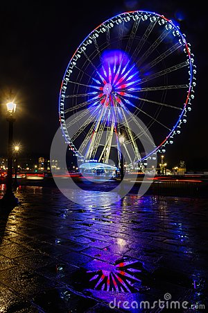 Free Night View Of Big Wheel In Paris Stock Images - 107285274