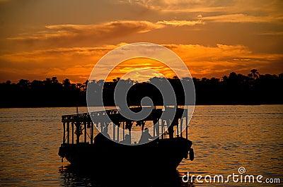 Nile Silhouette