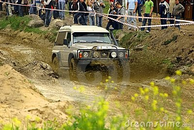 Nissan patrol during mud passage Editorial Stock Image