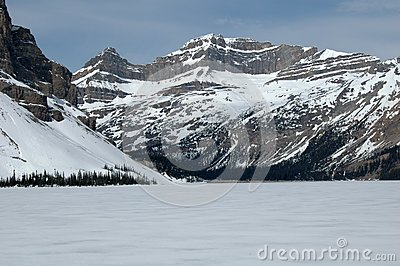 NNorth American mountains and glacier