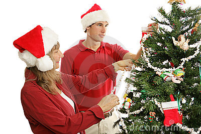 Noël décorant ensemble l arbre