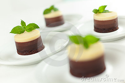 No Bake 3 Chocolates Cheesecakes