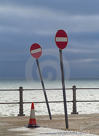 No entry to sea