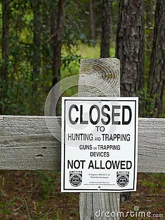 Free No Hunting Sign Stock Photos - 22450273