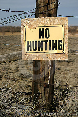 Free No Hunting Sign Royalty Free Stock Image - 493766