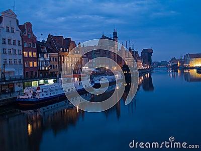 Noche en Gdansk vieja, Polonia