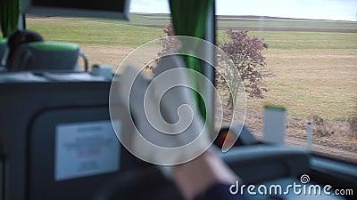 Nogi podróżnego w autobusie zbiory wideo