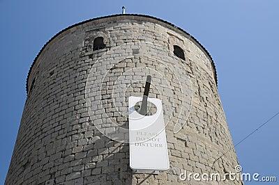 Non fa prego disturbare castello il de yverdon les bains for 3d architecture yverdon