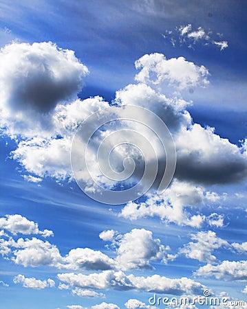 σύννεφα δραματικά