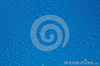 水生蓝色下落