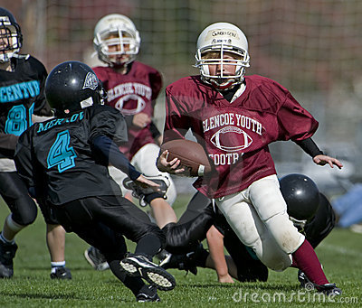 橄榄球比赛青年时期 编辑类库存图片