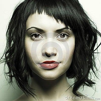 美好的发型严格的妇女年轻人