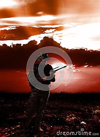 στρατιώτης