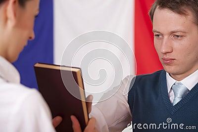 όρκιση πολιτικών Βίβλων