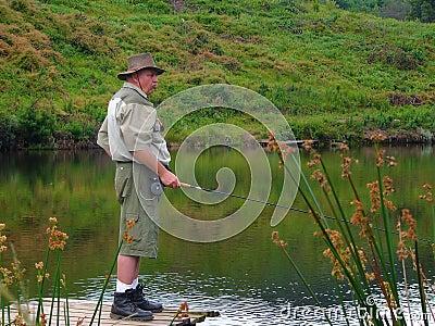 старший мухы рыболовства рыболова