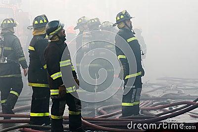 пожарные Редакционное Изображение
