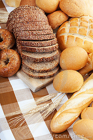 被烘烤的面包