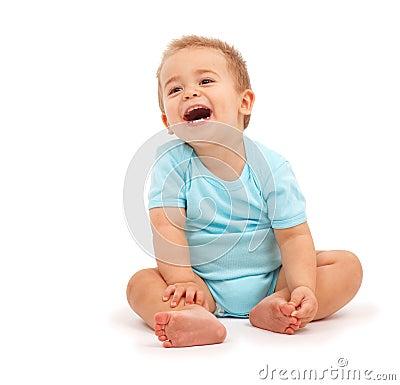 смеяться над младенца